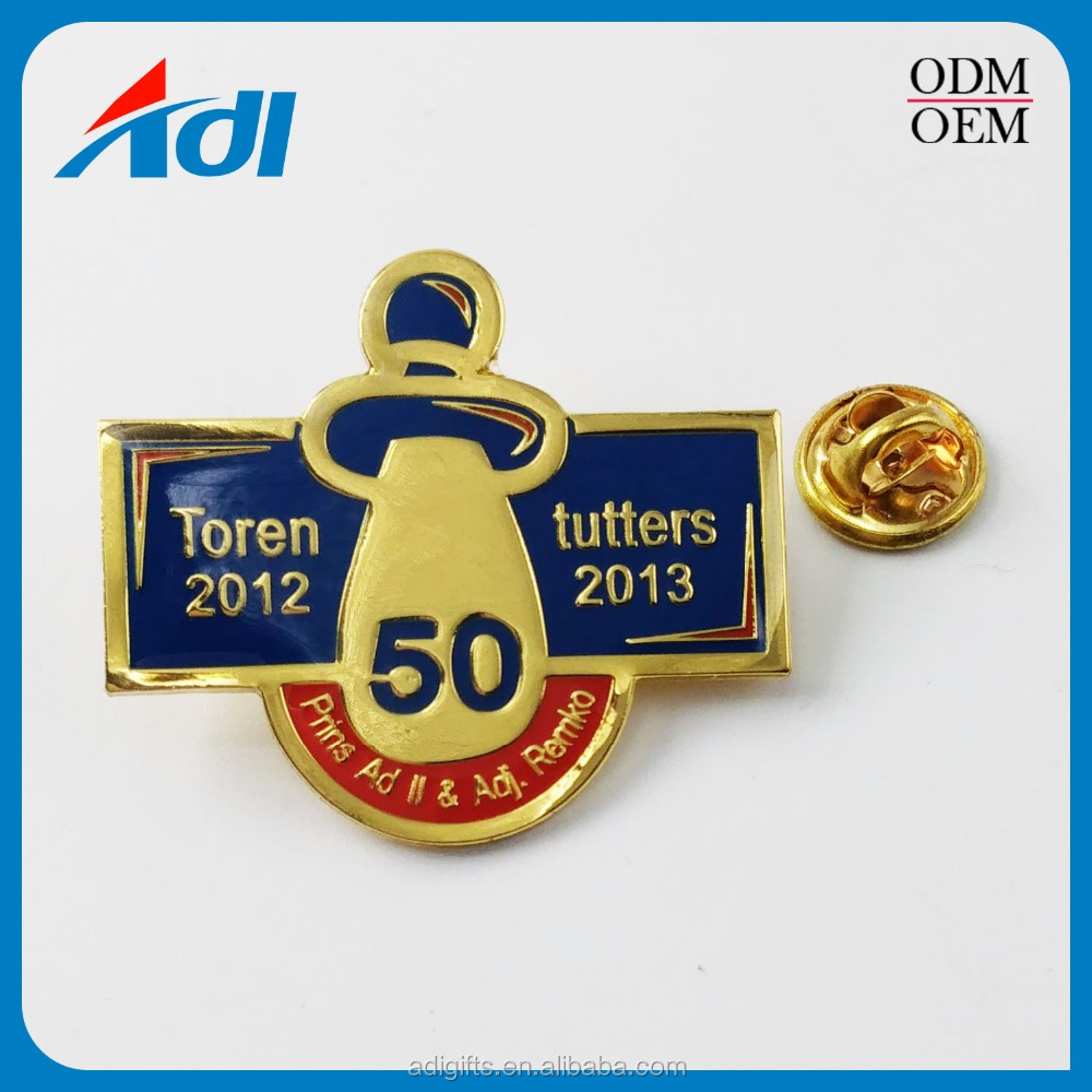 custom die cut airline airplane badges and lapel pin for sale
