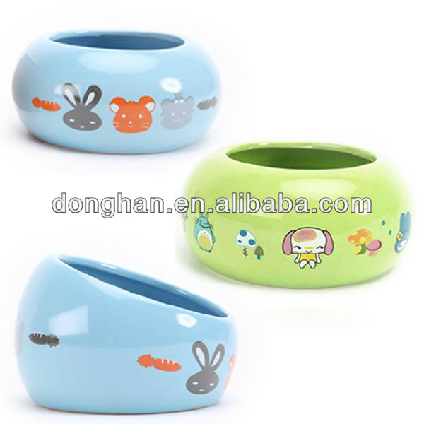 promotional lovely cartoon ceramic pet bowl with no lid and handle