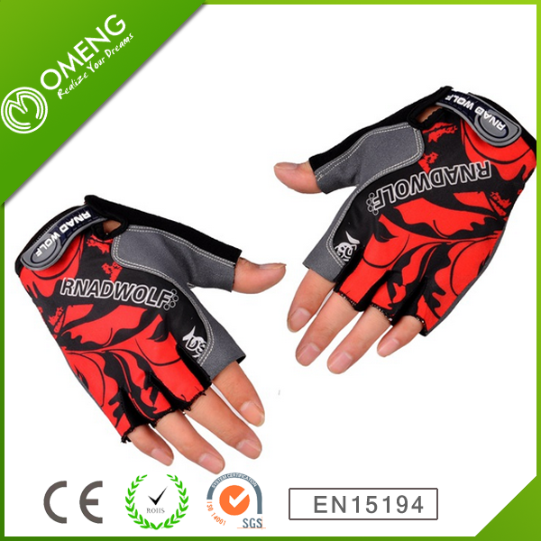 2014 High Quality Waterproof New Bicycle Gloves With Lights Bicycle Half Finger Gloves LED Lights Manufacturer