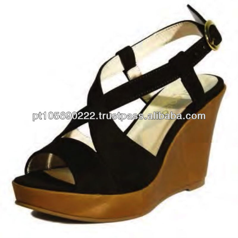 Shoes in leather Nobuk 9679