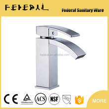 Basin faucet Chrome single handle water tap hot and cold mixer bathroom faucet kitchen mixing valve