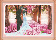 """The romance fulled of pink ""New 5D round crystal diy diamond painting"