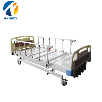 AC-MB003 4 cranks Best selling manual youth rolling hospital bed for patient care from china