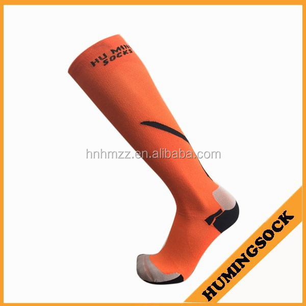 Trade Assurance Graduated Running Compression Socks