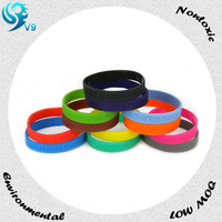 China manufacture advertising silicone rubber ball bracelet