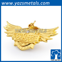 Metal gold plating wing lapel pin badge