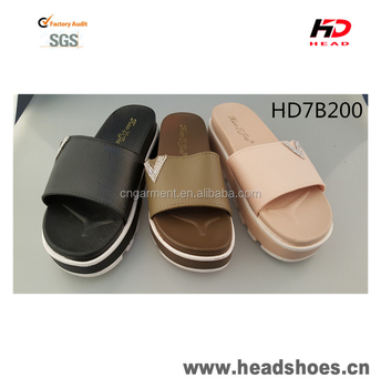2017 hot selling comfortable fashionable sandals thick sole PCU PVC slippers