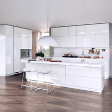 customized design/size/color modern fashionable kitchen cabinet kitchen model