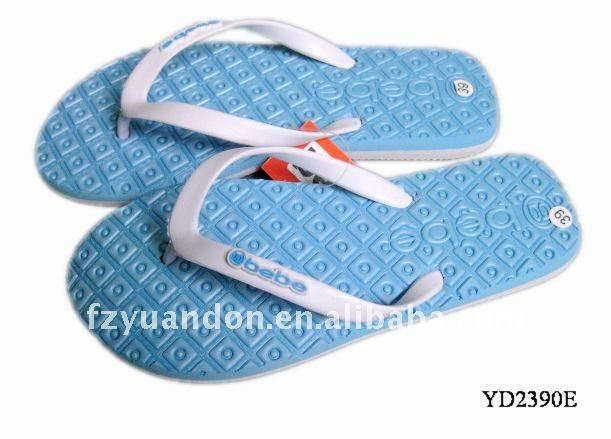 Eco-friendly 2013 latest designed promotional fashion modern cheap comfortable Massage slipper with therapy function