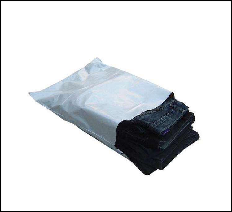 White self-adhesive poly mailer White poly mailing post envelope pouches Plastic Express Courier bags