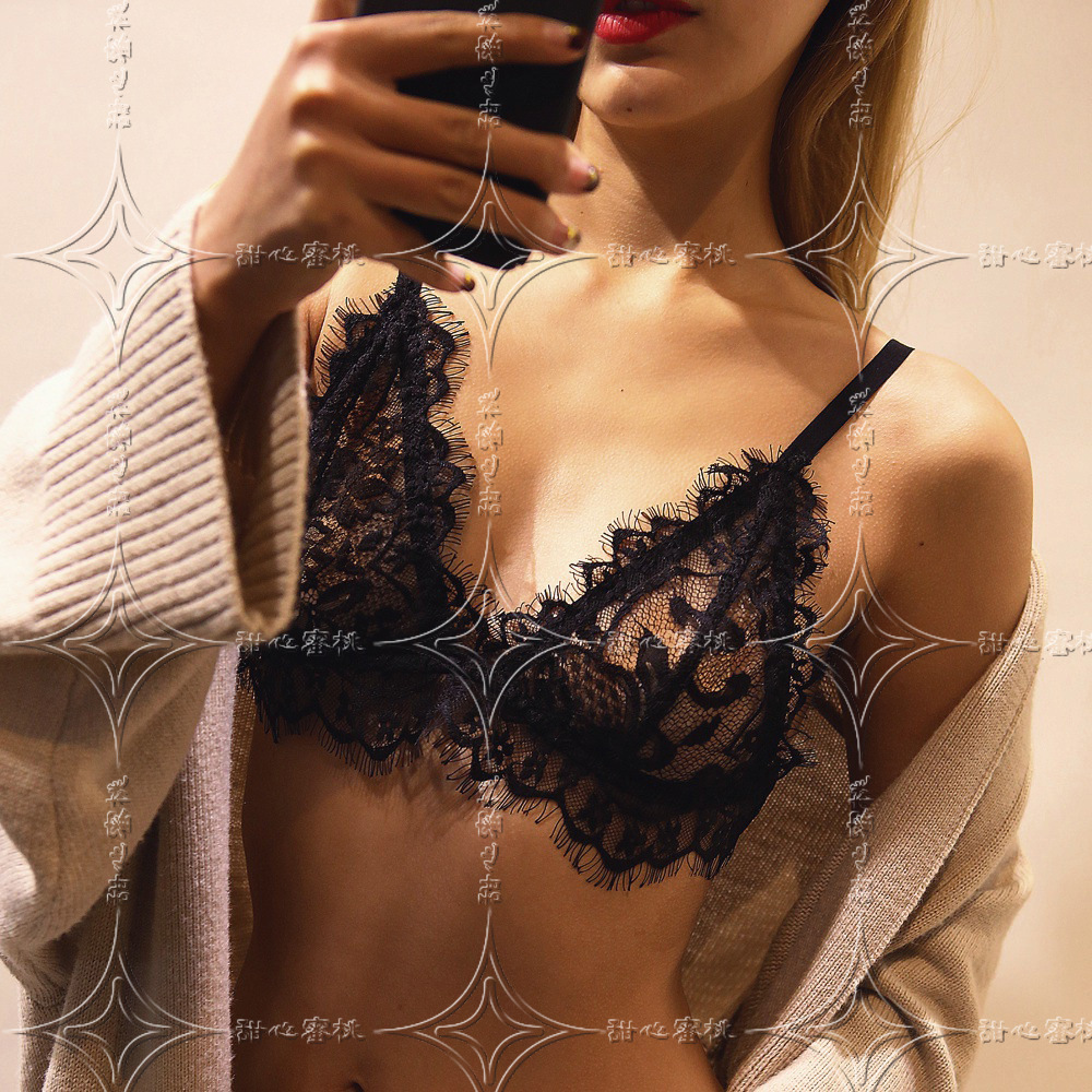 2017 New Women Bras Sexy Lace Crochet Hollow Out Intimates Solid Deep V Unlined Seamless Bra Back Closure Wirless Lingerie