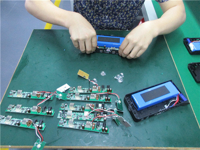 Circuit Board and Battery Assembling