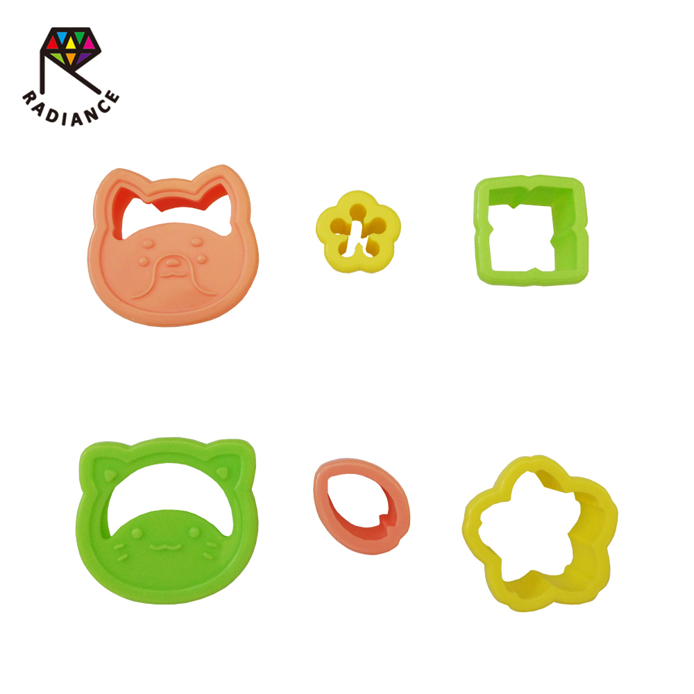 Wholesale plastic cookie cutter Sandwich bread cutter cake tools