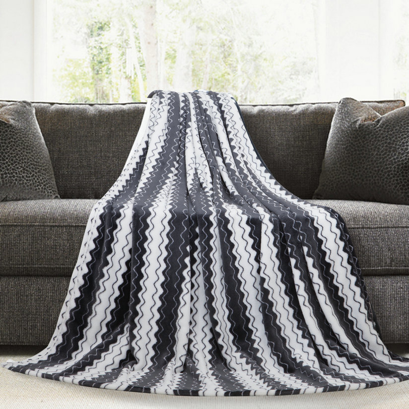 Dyed-yarn black color blanket wrap for adult