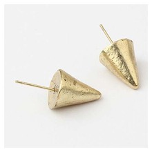 Tower shape jewelry small fancy design gold body stud earrings