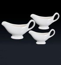Wholesale 3oz, 5oz, 8oz White Color Glazed Ceramic Porcelain White Gravy Boat For Hotel Restaurant Service