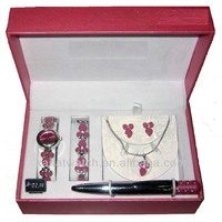 2013 hot sale fashion colorful jewelry watch factory ladies watches 2013/watch necklace earrings gift set/women watches gift set