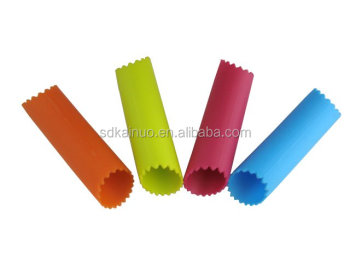 customized food grade silicone garlic peeler