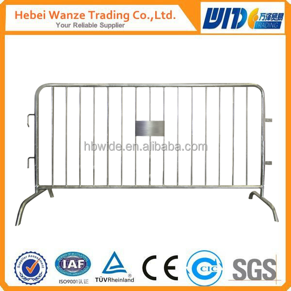 Factory Galvanized/Powder Coated Temporary moveable Fence/Crowd Barrier/Barricade for Security