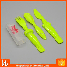 Plastic knife fork spoon set with sleeve travel