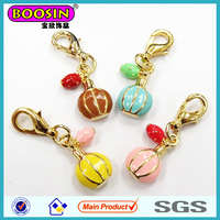 2014 New Arrival Alloy Gold Plated Pendant 3D Perfume Bottle Charms jewelry# 19409