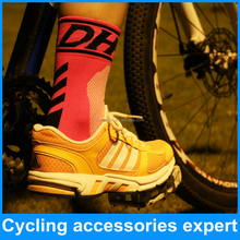 High quality quick dry wholesale bicycle cycling sports socks