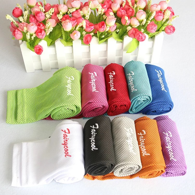 opp bag package ice cooling towel with printed own logo