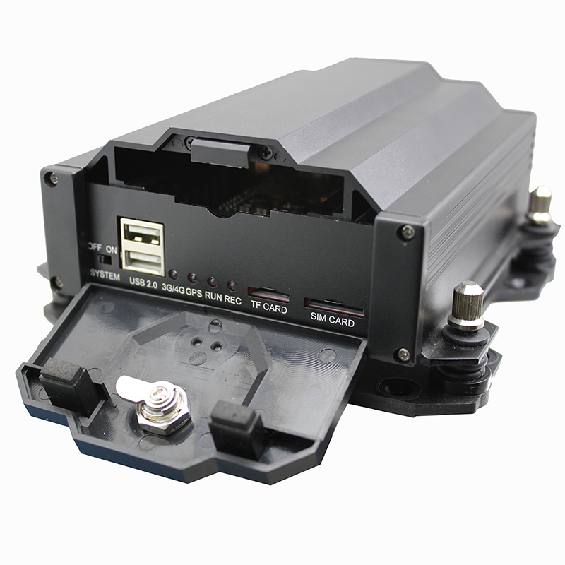 <strong>4</strong> <strong>channel</strong> h.264 HDD &amp; SD Card gps mdvr for car H40