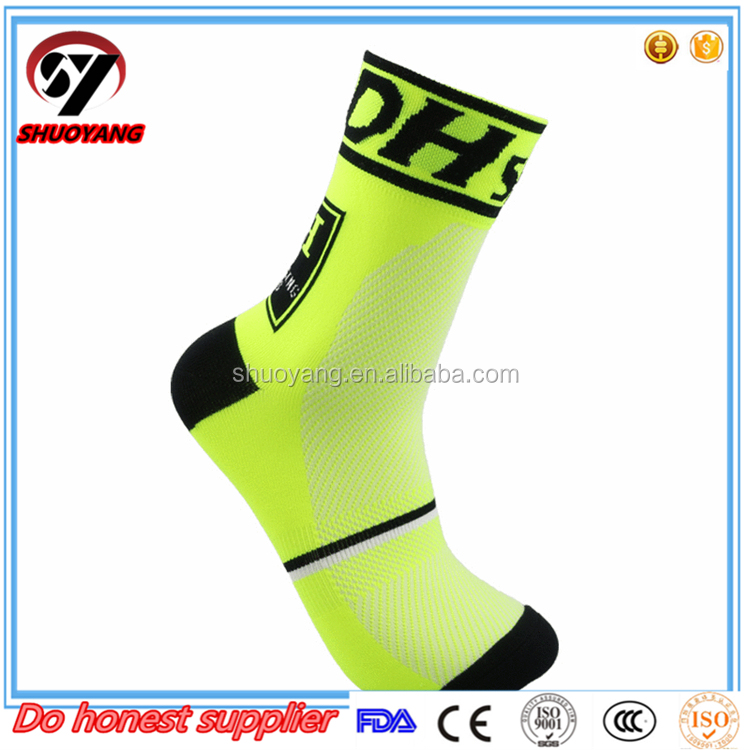 China manufacturer wholesale Fashion Sports Socks ,high quality cotton men socks,breathable sports sock