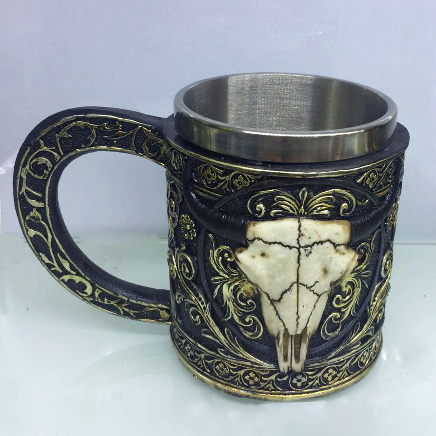 2018 New Drinking Skull Mug Resin 3D Skull Tankard Horror Decor <strong>Cup</strong>