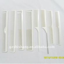 Plastic hair salon combs at low price