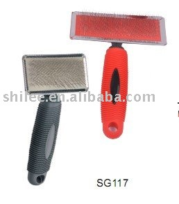 Pet grooming comb with wooden handle