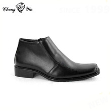 Wholesale factory price genuine leather italian casual leather boots men