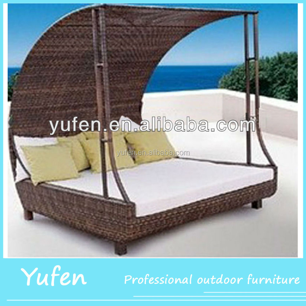 all weather pe rattan canopy bed outdoor