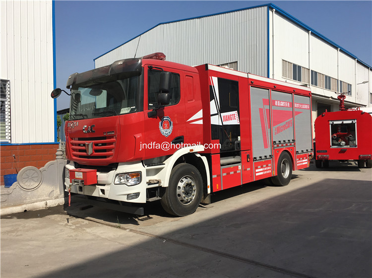 fire fighter truck02.JPG