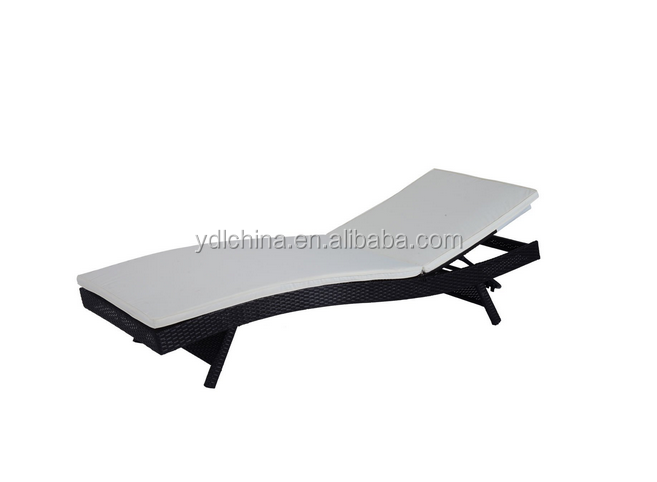 aluminum frame PE rattan wicker pool lounger