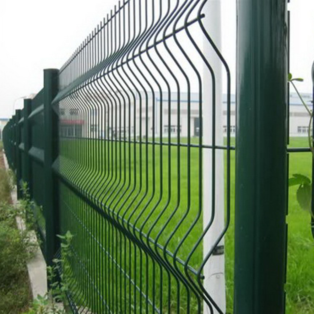 Galvanized / PVC Coated Chain Link Wire Mesh Fence