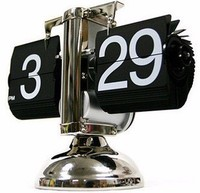 Retro foot automatically flip bell small scale creative clock