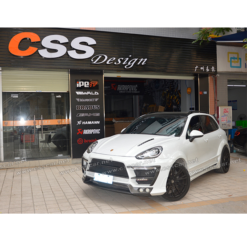 Car with wide body kit for por cayenne 958 lm auto parts body kits