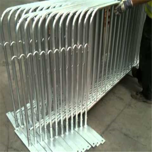 Alibaba Golden Supplier Hot Dipped Galvanized Crowd Control Barriers