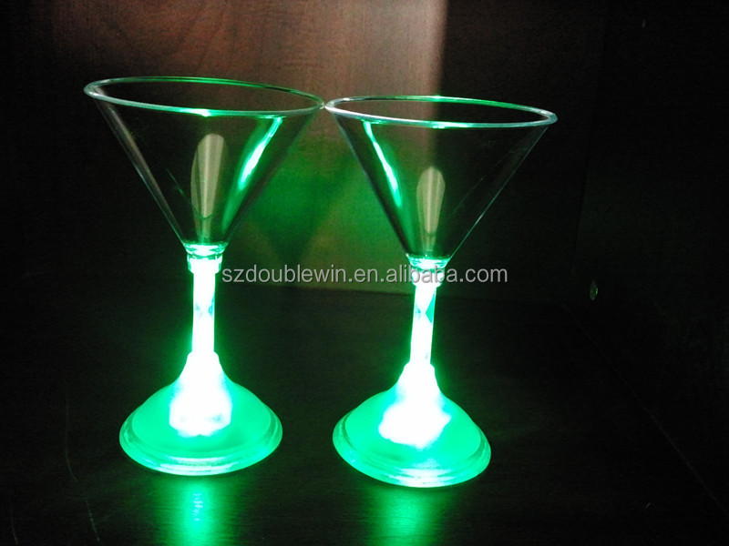 2016 hot selling flash light Martini <strong>glass</strong>