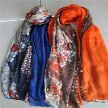 Best selling fashion high quality hand rolled hemming silk scarfs wholesale