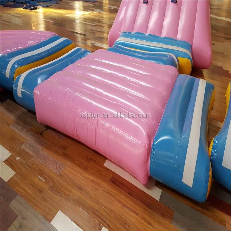 2017 Commercial Giant Floating Inflatable Water Slide Playground