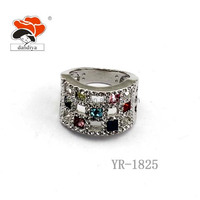 2016 New Design Cheap Price Wholesale Fashion alloy rhinestone wedding ring jewelry