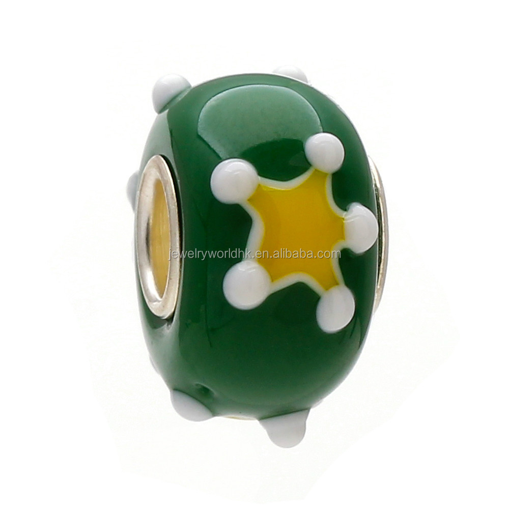 Green Christmas glass bead! Fashion lovely yellow star green Christmas glass bead