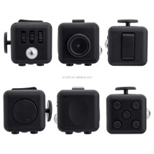 2017 hottest adult toys stress release magic fidget cube 3.3cm edc fidget toys with 13 colors