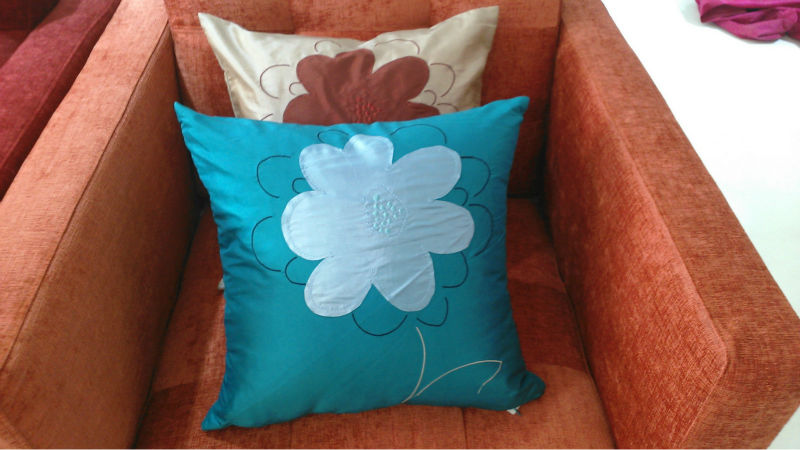 Hand embroidery designs of cushion