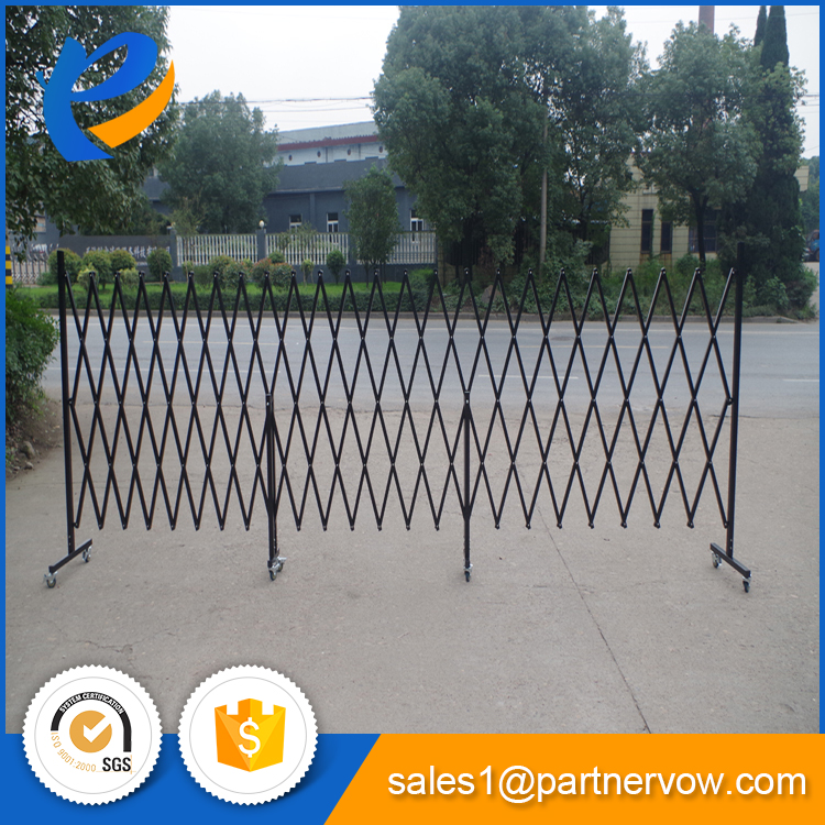 Cheap expandable temporary retractable fence panels hot sale