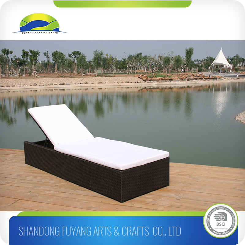 natural pe rattan pool chaise lounge sofa bed
