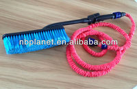 Water Flow Car Wash Brush With Expandable Water Hose